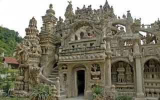 Архитектура: Почтальон потратил 30 лет, чтобы из придорожных камешков создать настоящий дворец
