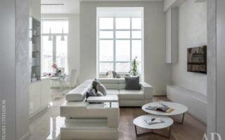 Белая квартира с яркой детской в Москве