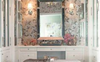 Как обустроить туалетный столик: 5 практичных советов и 25 красивых примеров