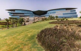 Экологичная штаб-квартира компании Jaquar Group