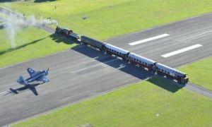 Архитектура: Почему в некоторых аэропортах самолеты приземляются на ж/д переезде или оживленной автостраде города