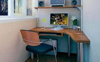 Полукруглый компьютерный стол: дань моде или практическая целесообразность?