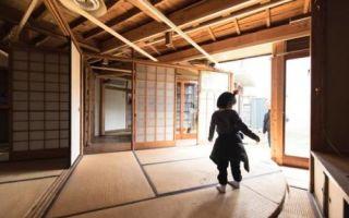Архитектура: Ветхий на вид дом на побережье Японии, который превратили в кое-что особенное