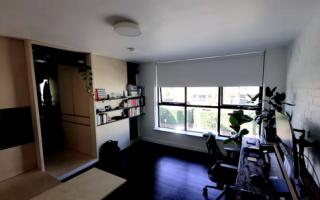 Идеи вашего дома: Как молодой архитектор превратил убогую развалюху 28 кв. м. в стильную студию
