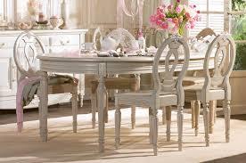 Дизайн интерьера  в стиле прованс фото. Мебель
